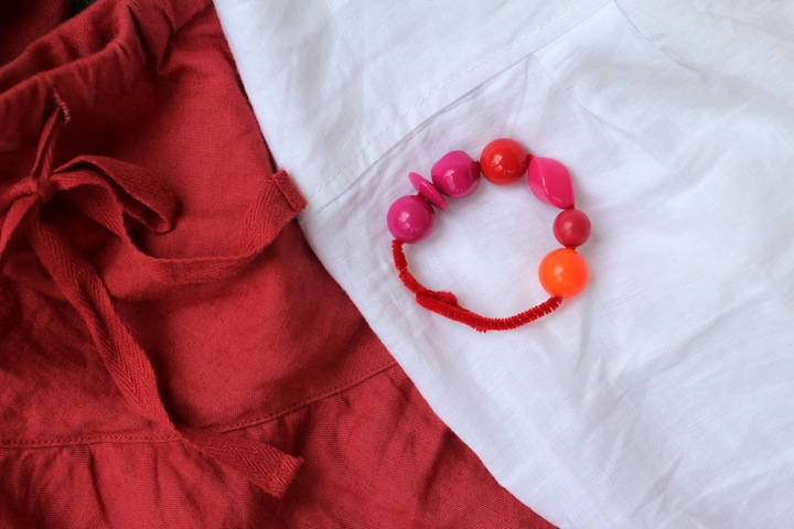 Bead and pipe cleaner bracelet