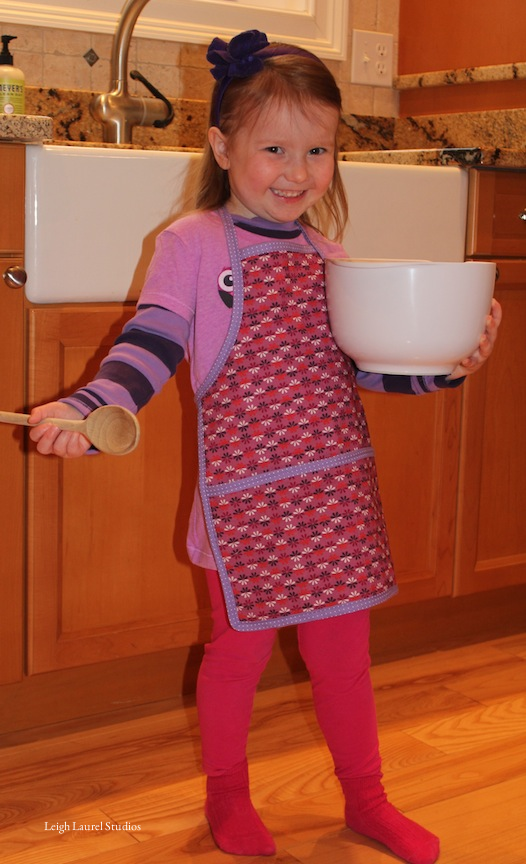 Childs apron 4