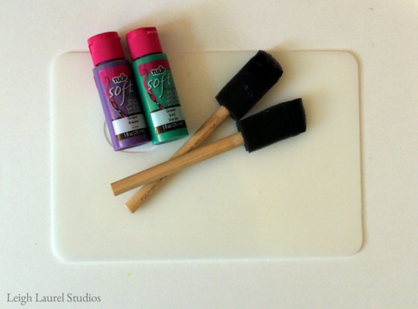 Paint and foam brushes