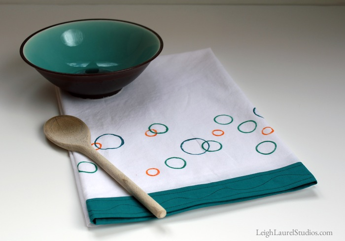 Circles tea towel 1
