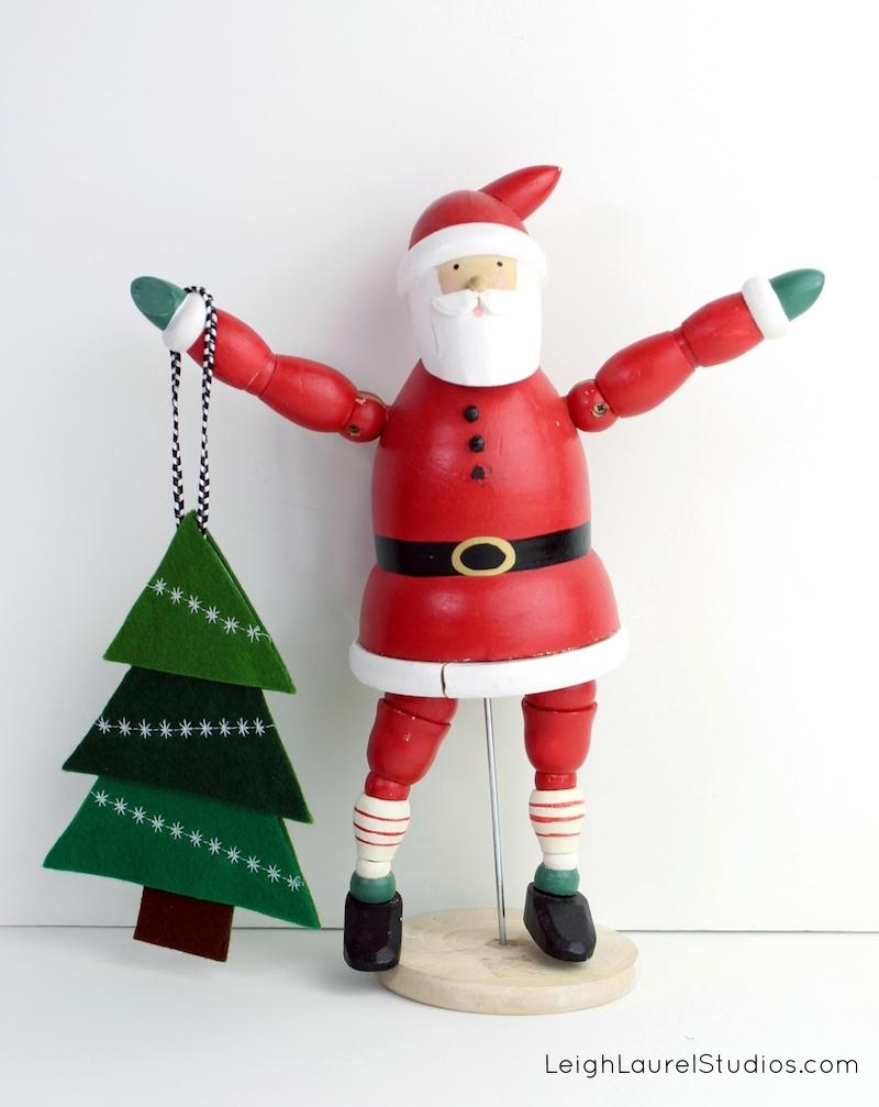 Santa holding tree 2