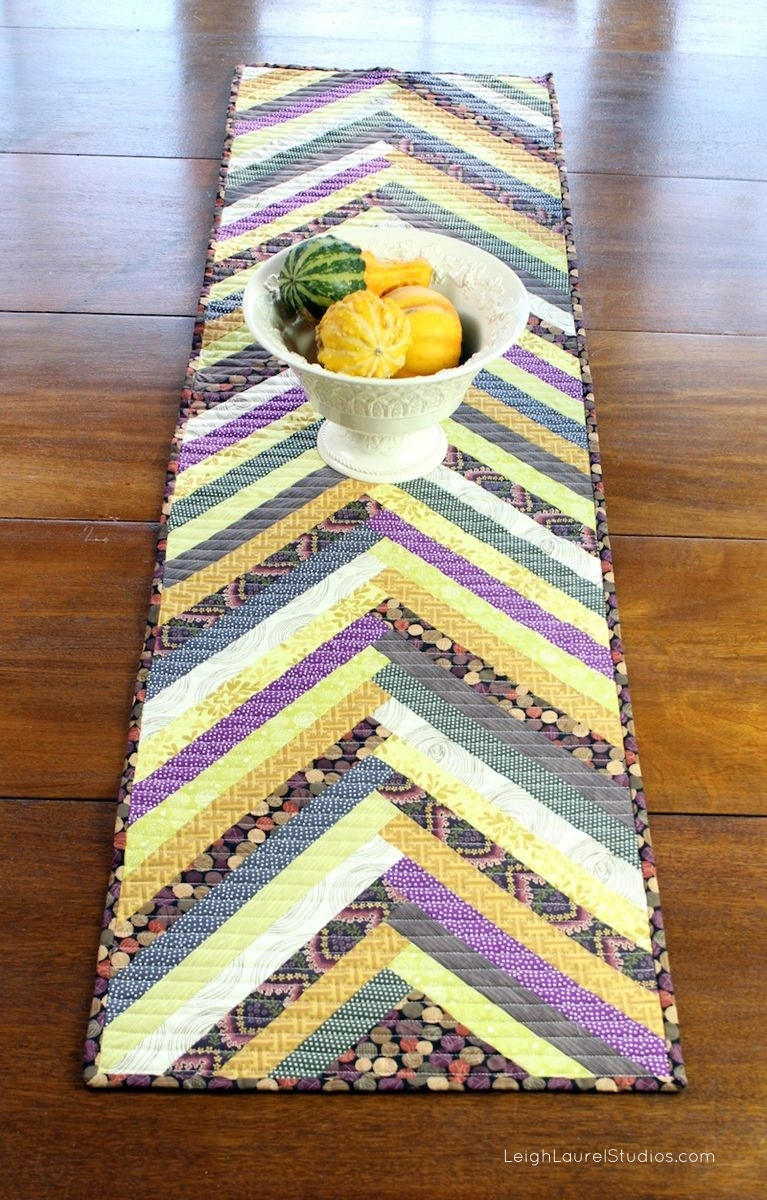G table runner