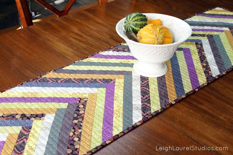 E table runner