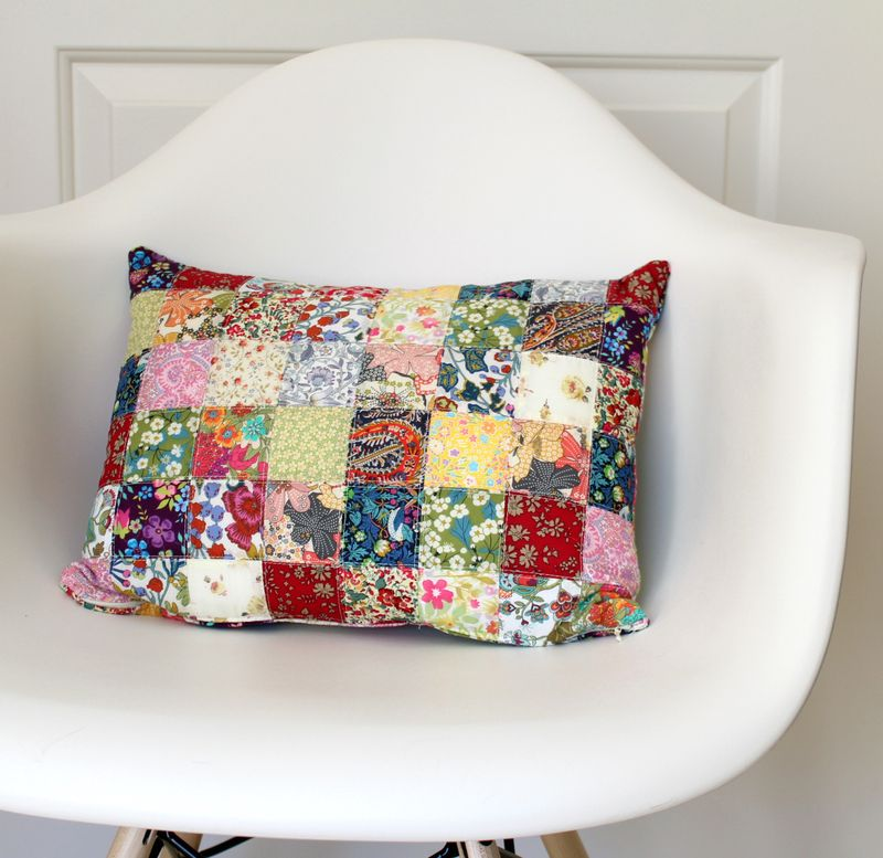 Scrappy liberty pillow 3