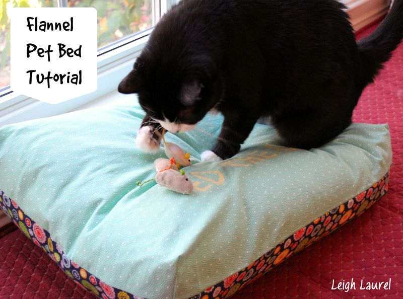 Personalized pet bed tutorial by karin jordan - using riley blake flannels