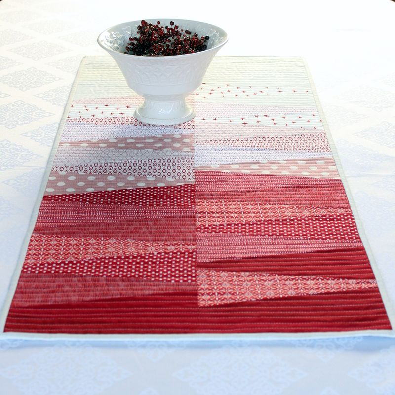 Dresden table runner 8
