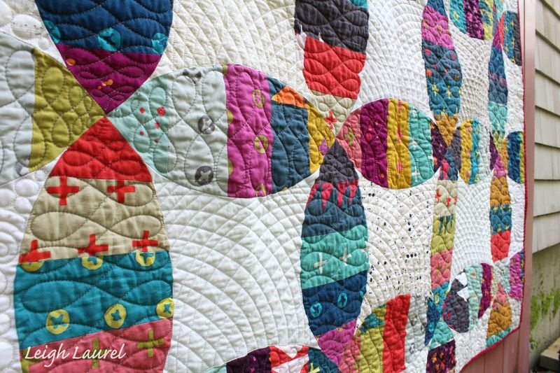 Melon wedding ring quilt detail 3 by karin jordan