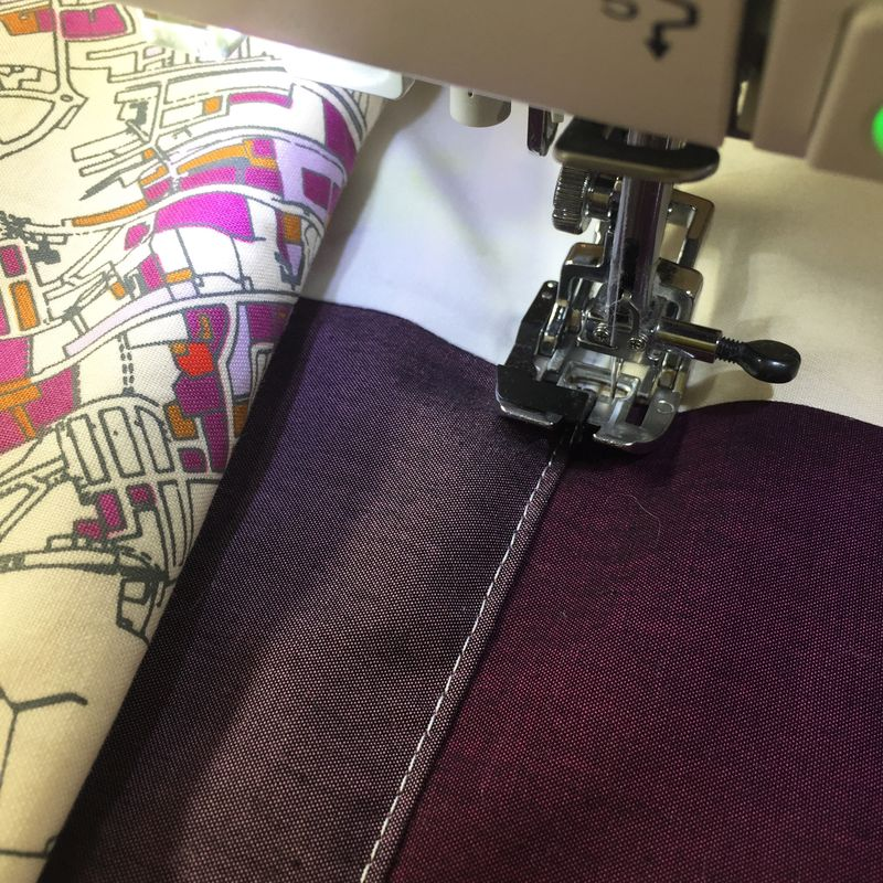 Stitching in the ditch foot
