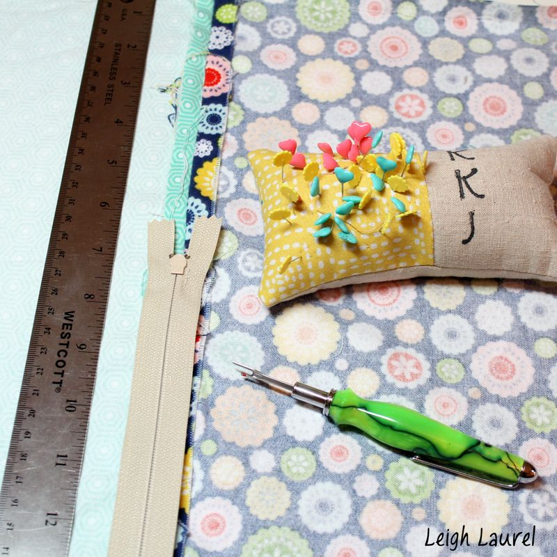 Inserting the zipper - flannel pet bed tutorial by karin jordan