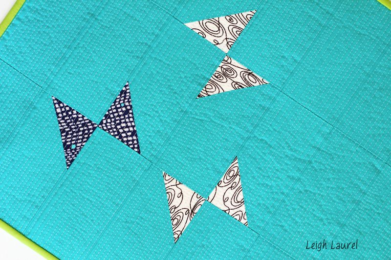 Table runner detail 2 - tutorial by karin jordan